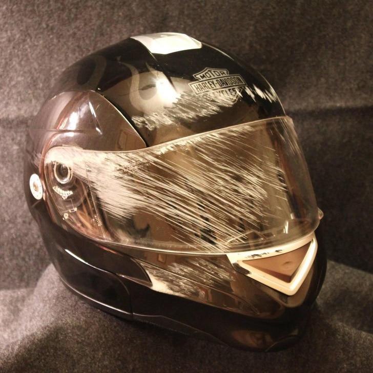 защитный шлем