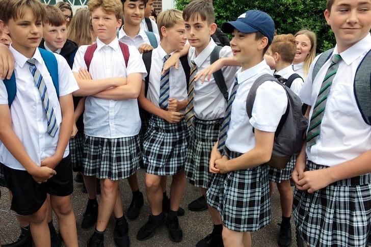 мальчики в юбках