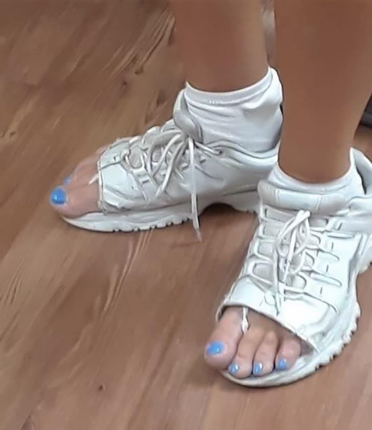 обрезанные кроссовки