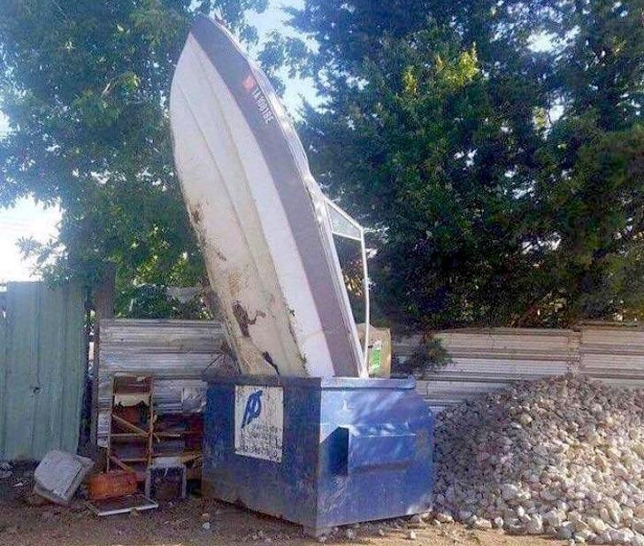 лодка в ящике