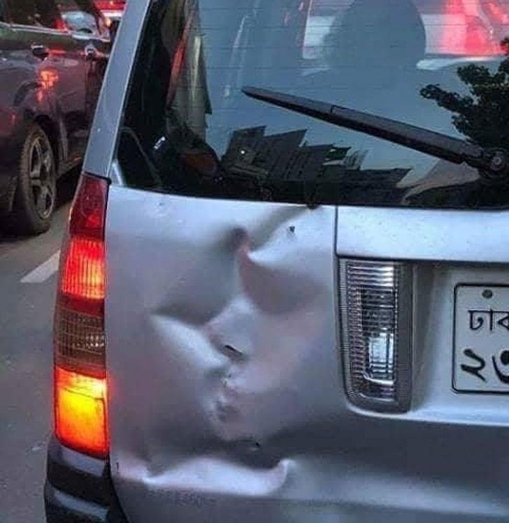 вмятина на авто