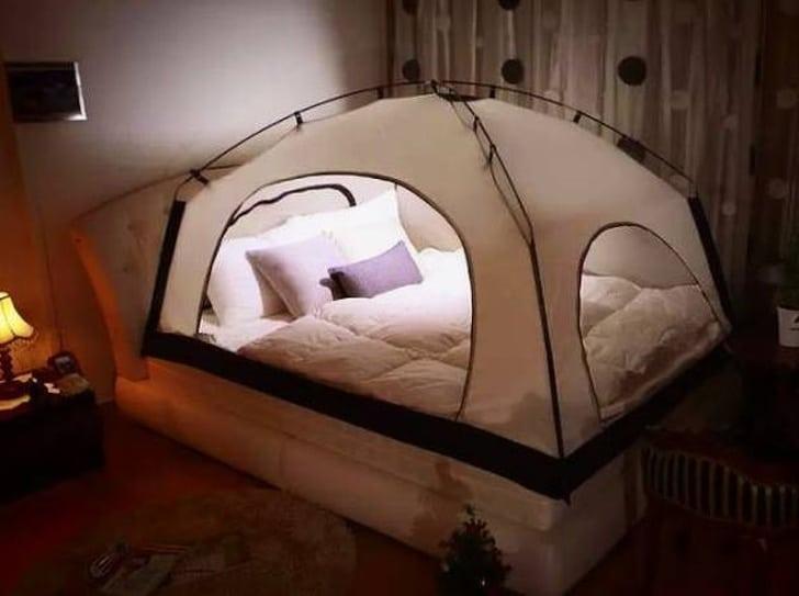 палатка в доме
