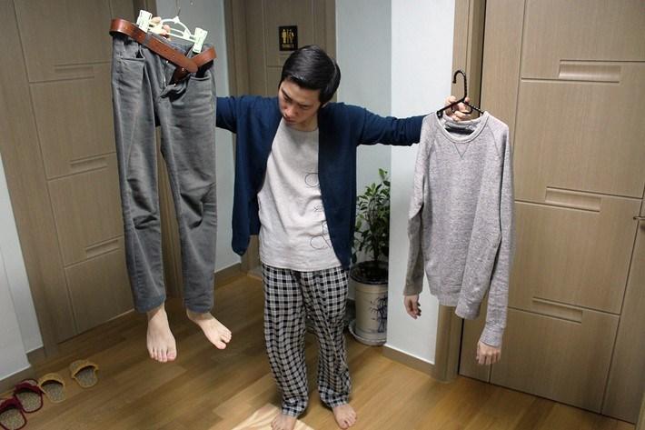парень и одежда
