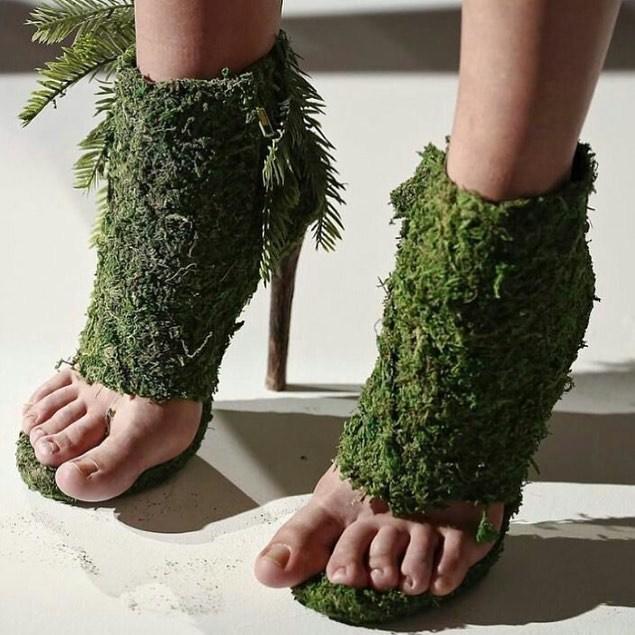 босоножки из зелени