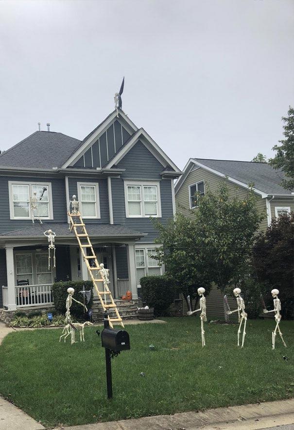 скелеты на Хэллоуин