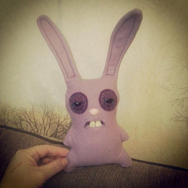 игрушечный кролик