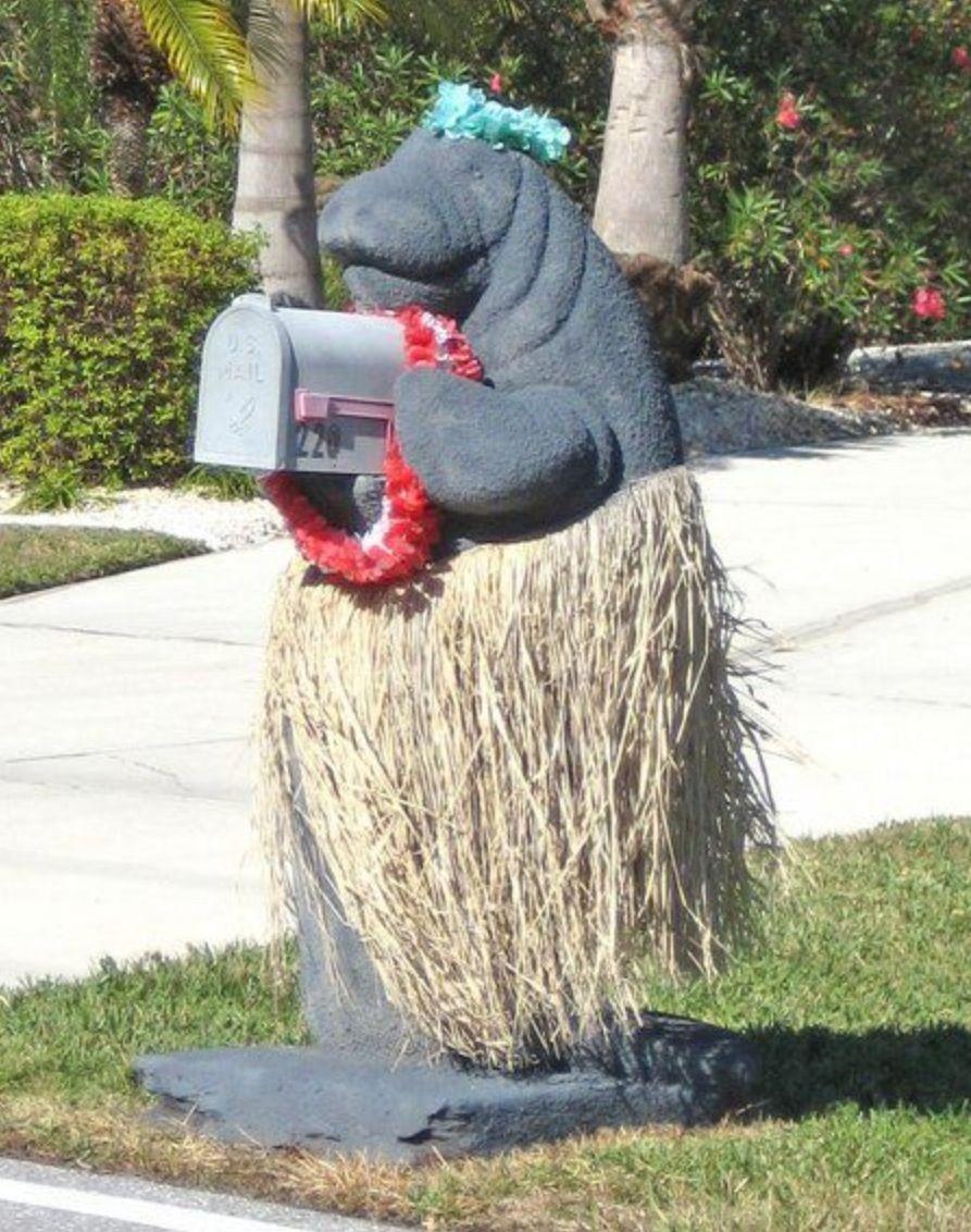 почтовый ящик в виде бегемота