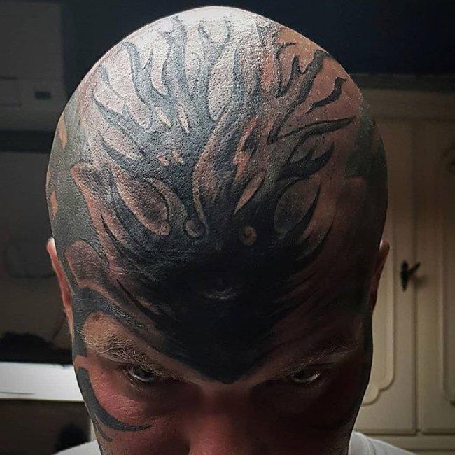 тату на голове