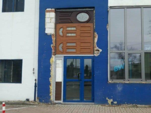 странная дверь рис 2