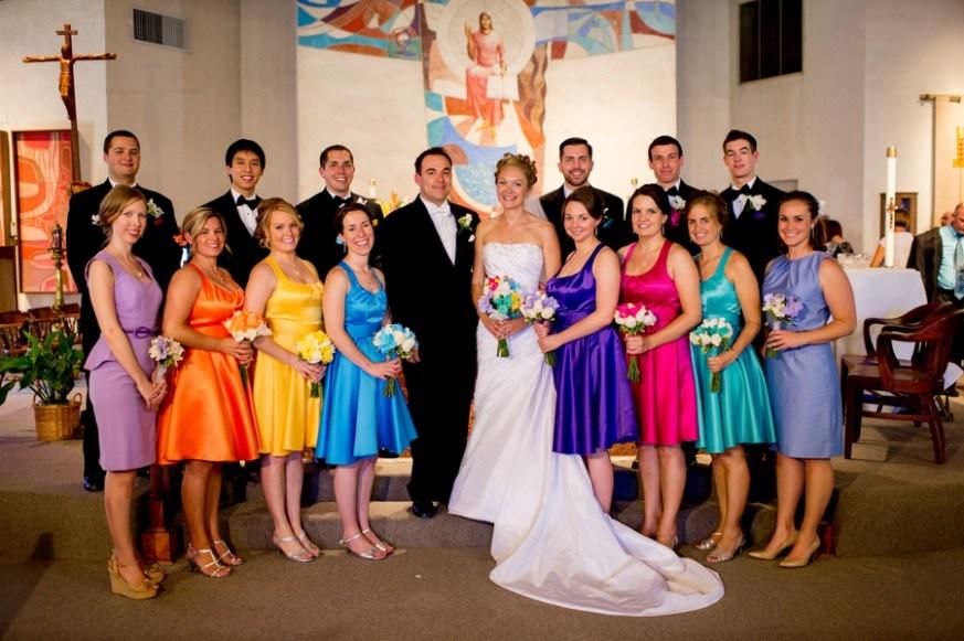 10+ уморительных фотографий невест и их подружек, которые выбрали не самый лучший наряд! рис 6