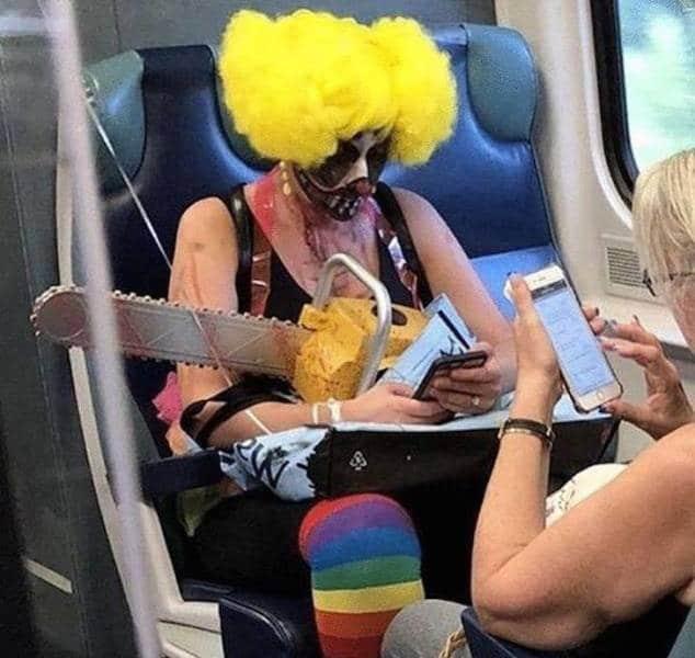 клоун с бензопилой