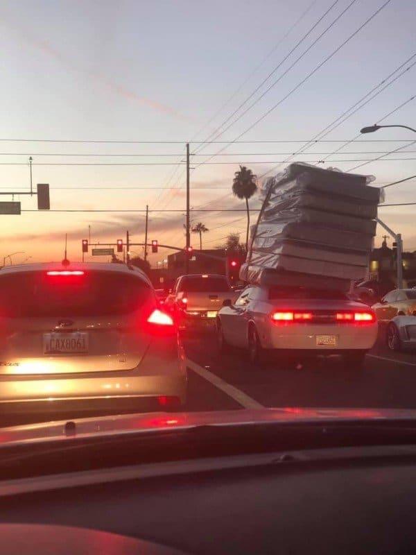 матрасы на крыше авто