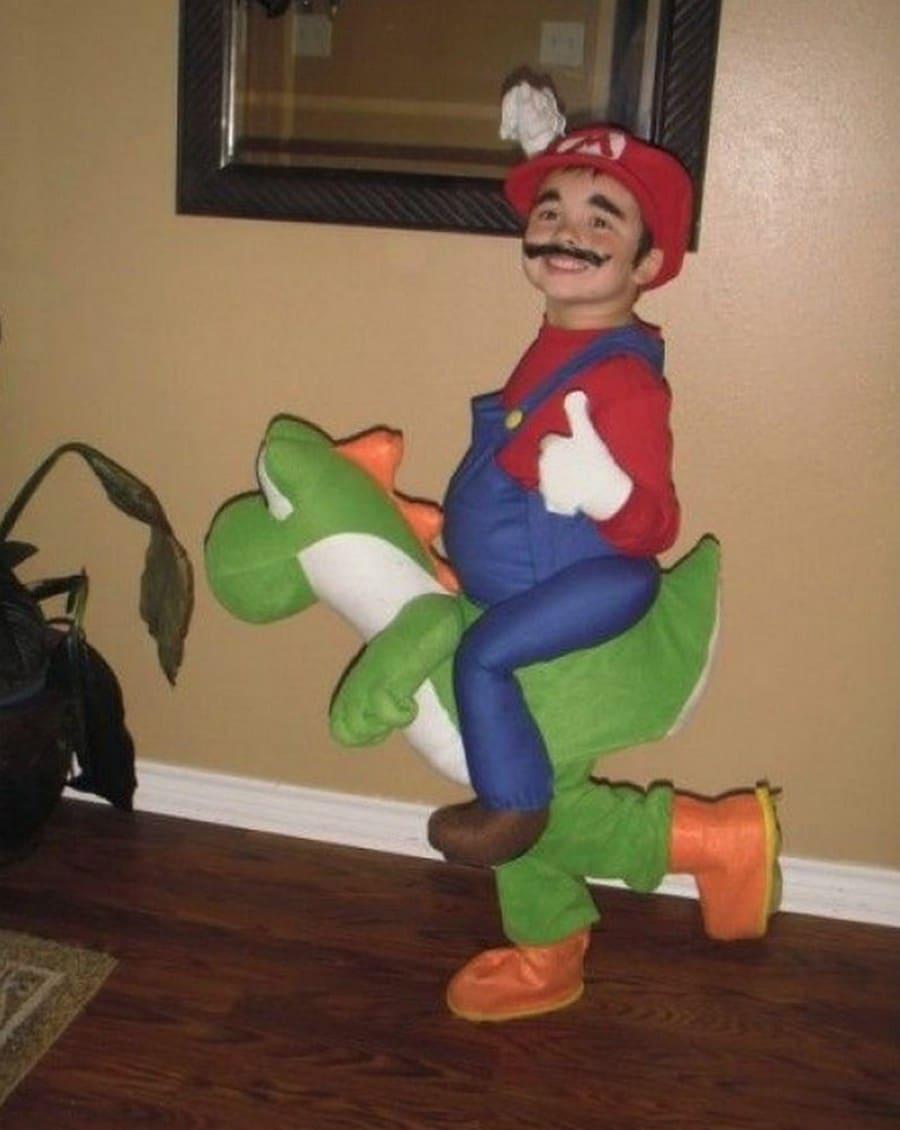 костюм Марио
