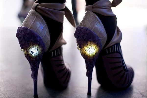 туфли со светящимся каблуком