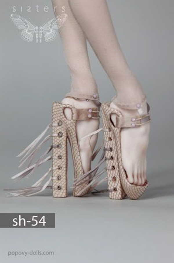 вертикальные босоножки на высоком каблуке