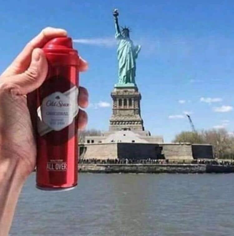 статуя свободы и дезодорант