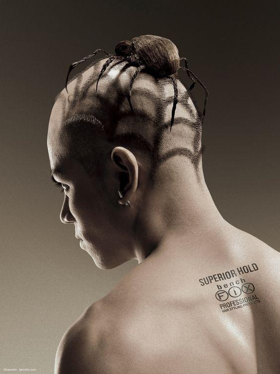 паук из волос на голове