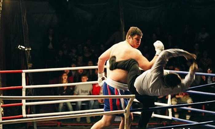 боксер ударил судью