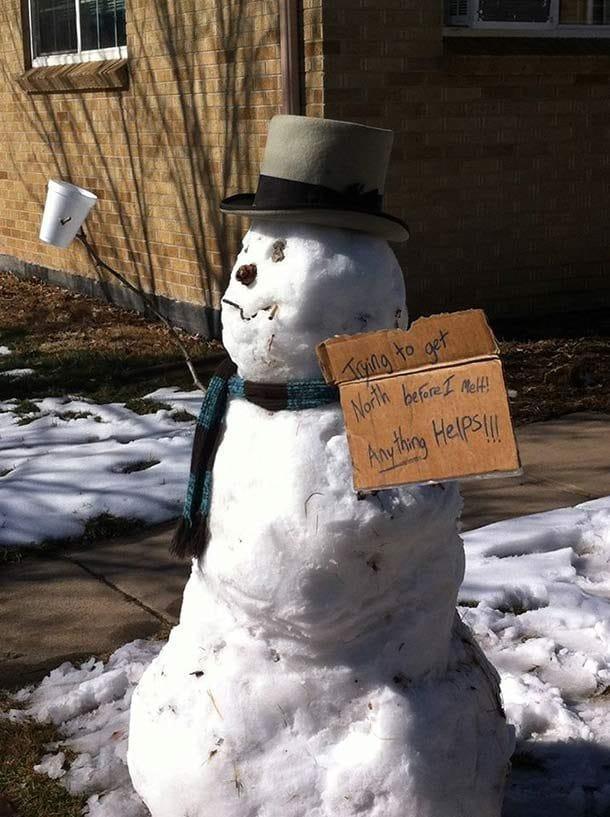 Снеговик просит милостыню