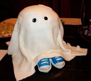 торт в виде привидения