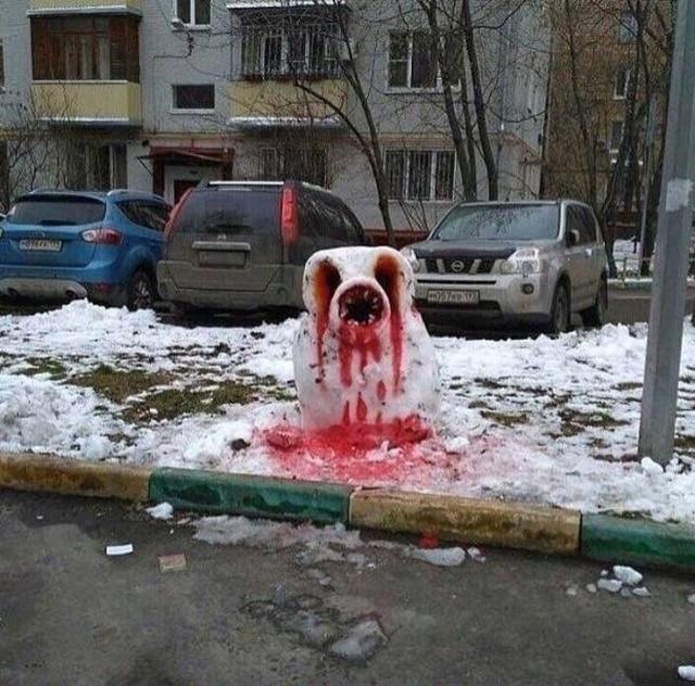 окровавленный снеговик