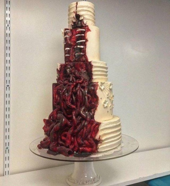 жуткий торт