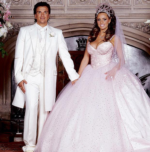 кэти прайс в свадебном платье