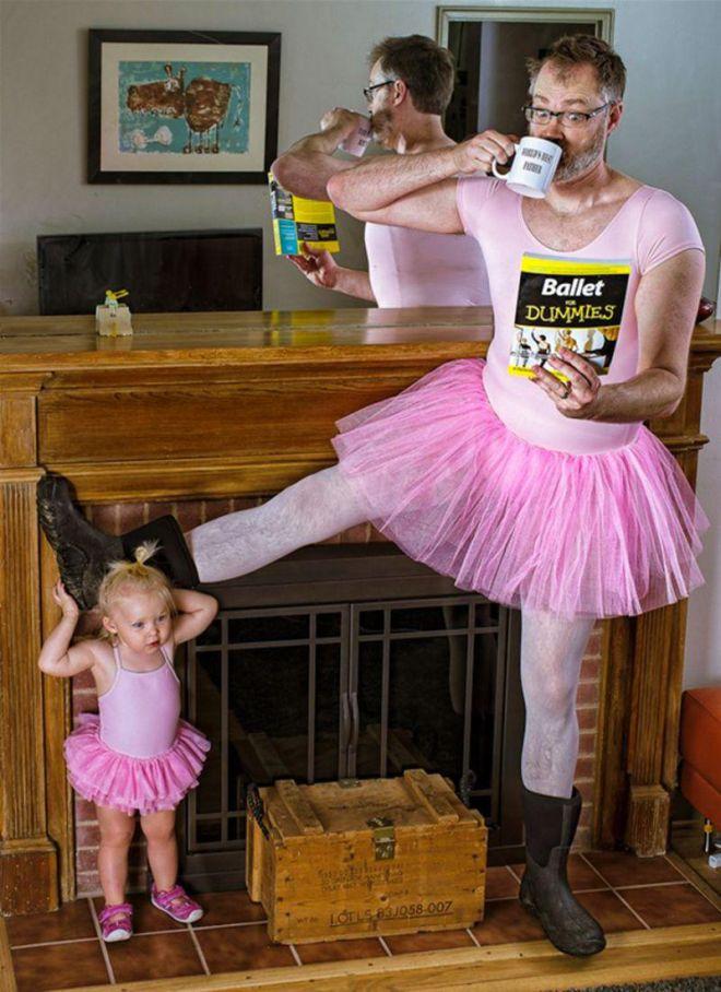 Отец и дочь в балетных пачках