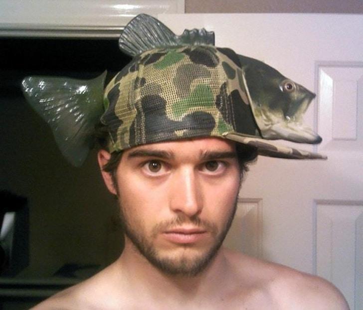 шапка рыбака