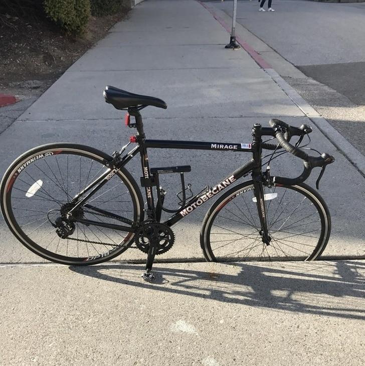 велосипед застрял
