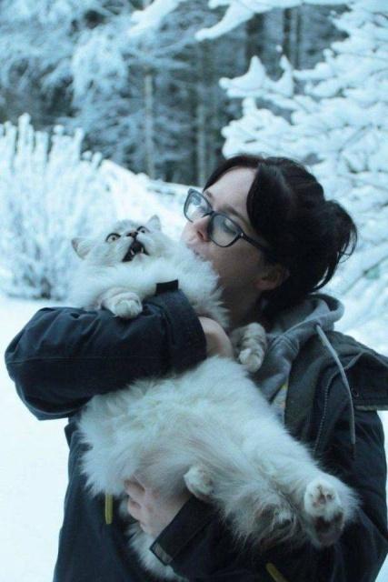 женщина и её кот