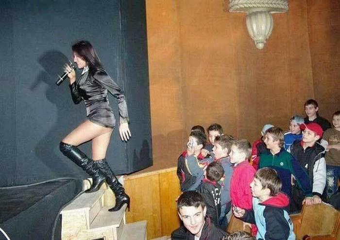 дети и концерт в школе