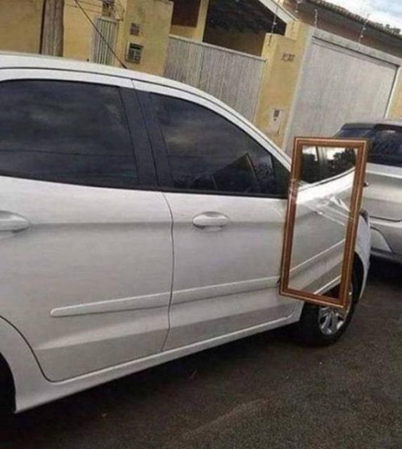 авто и зеркало