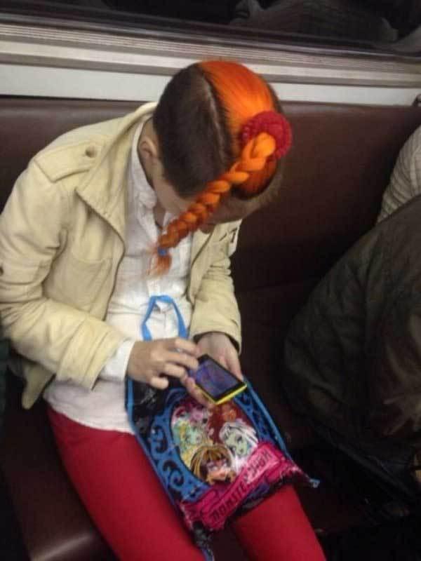 девушка с рыжей косой
