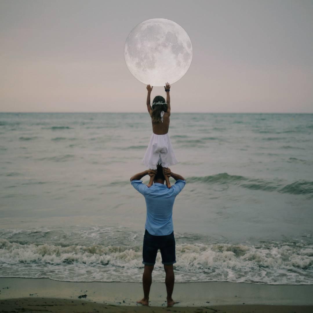 мужчина и девочка