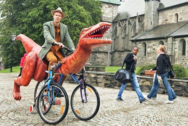 велосипед в виде динозавра