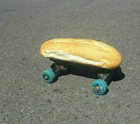 батон на скейтборде