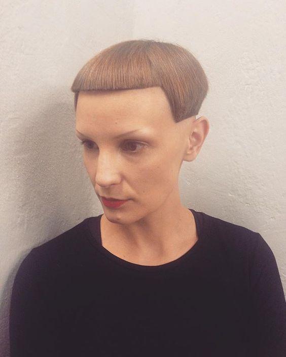 Кажется, парикмахер был не в духе! 17 фото странных и уродливых стрижек