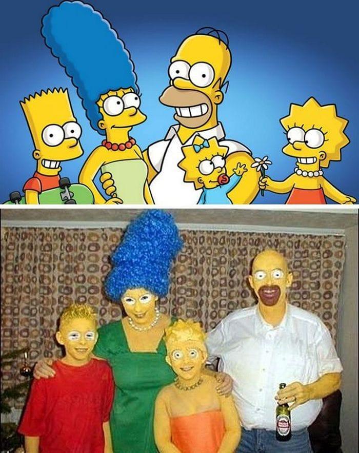 семья в костюмах симпсонов