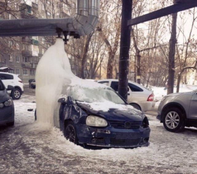 машина и лед