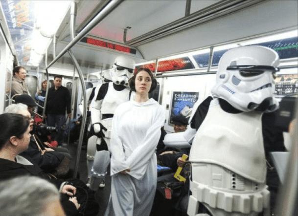 принцесса лея в метро