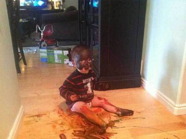 ребенок запачкался