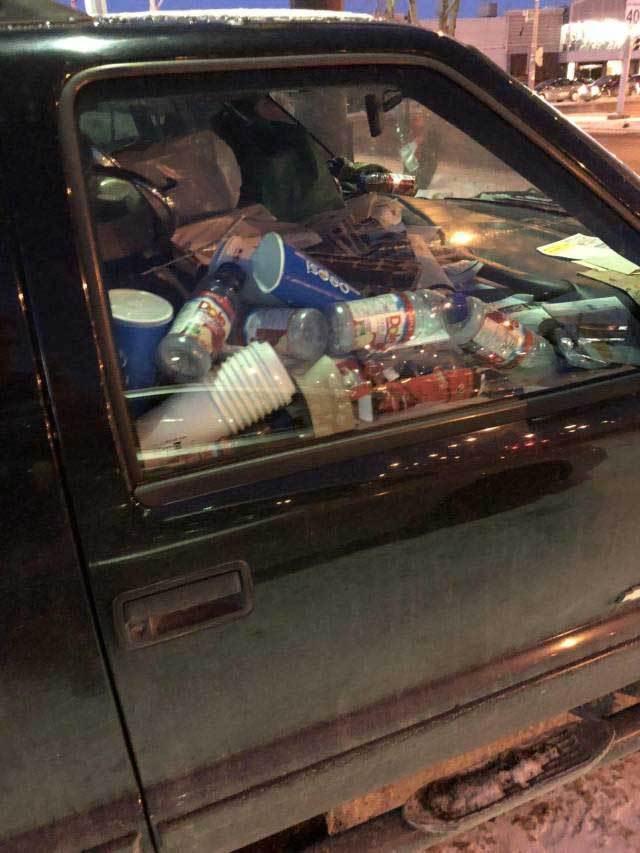 мусор в машине