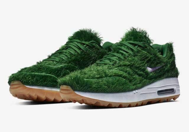 кроссовки с травой
