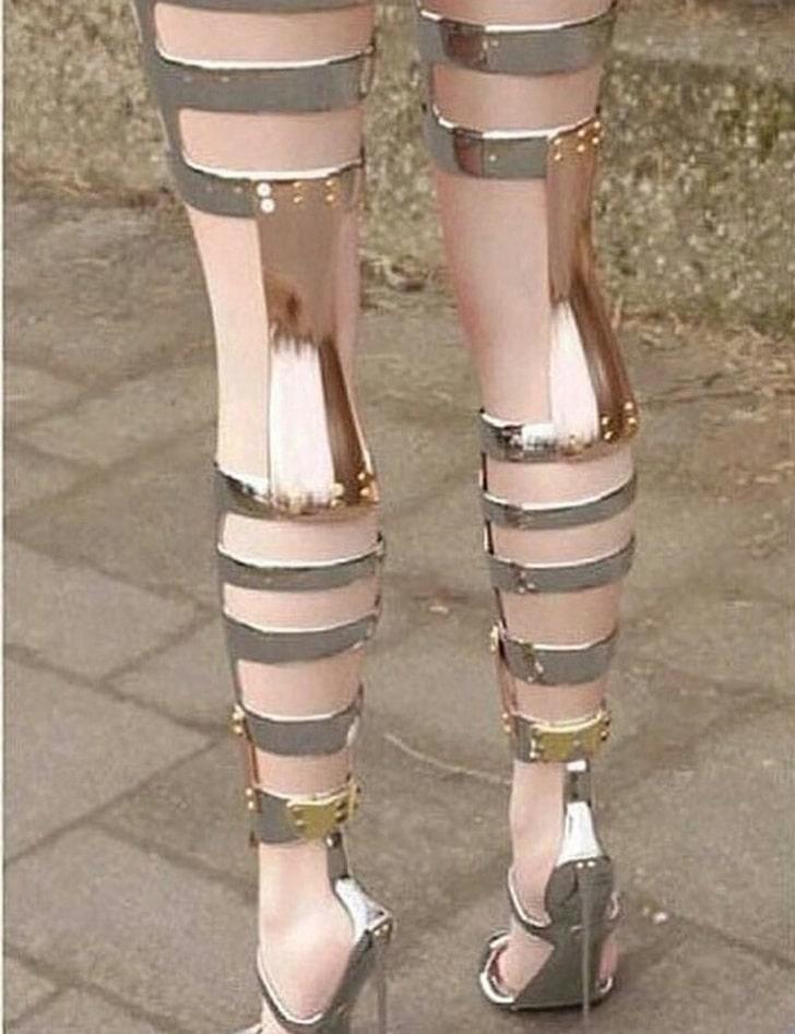 высокая обувь