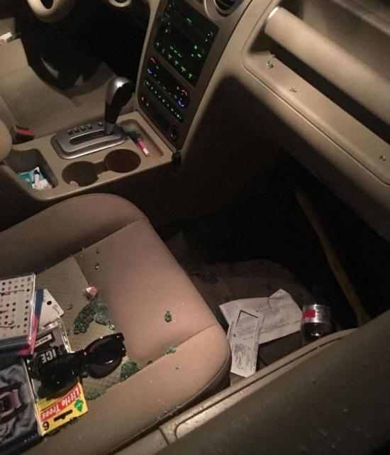 беспорядок в машине