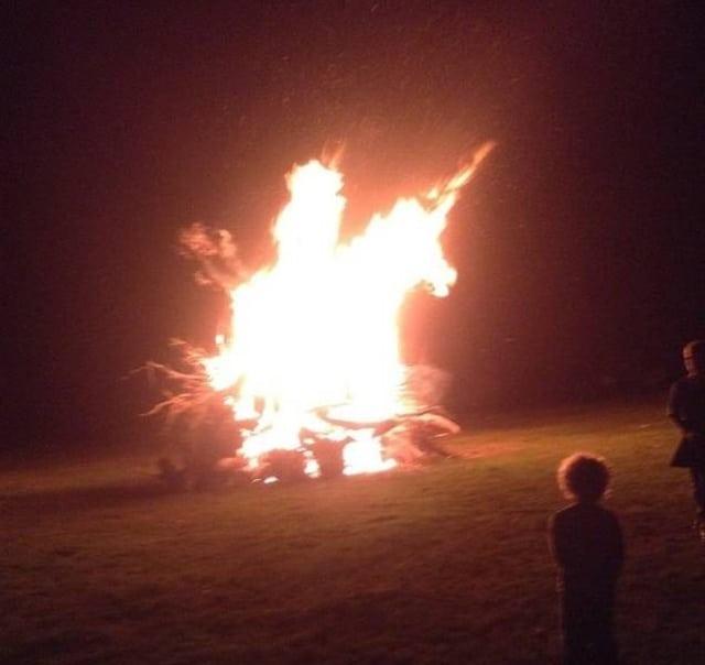 единорог из пламя