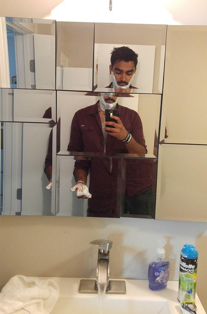 странное зеркало