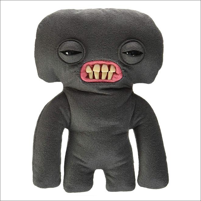 черная мягкая игрушка