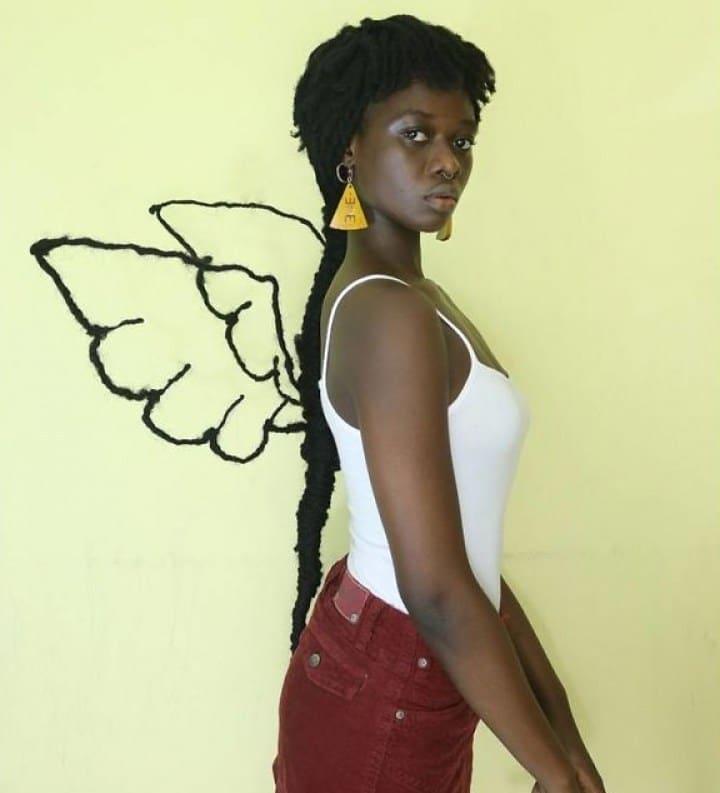крылья из волос